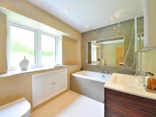 Possiamo rinnovare il tuo bagno in cinque semplici passaggi - Studio Mancuso Firenze
